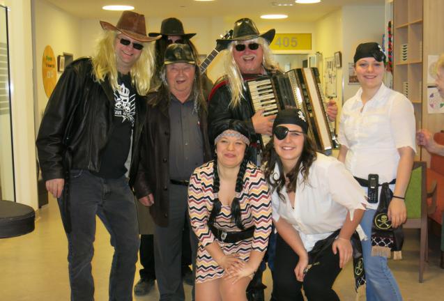 Bewegung, Tanz, Musik und gute Laune – Fasching im Pflegezentrum Yspertal